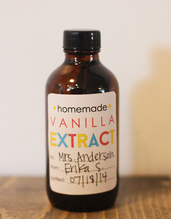homemade vanilla extract gift